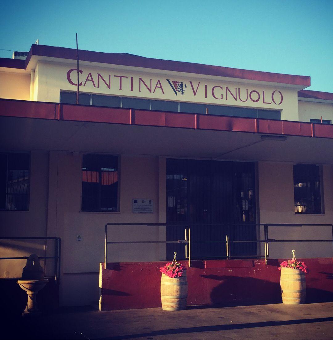 Foto della sede della Cantina Vignuolo di Andria